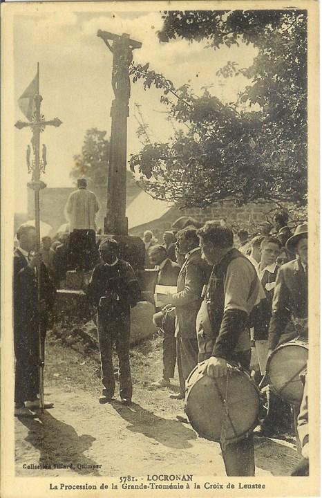 Procession à la croix de Leustec