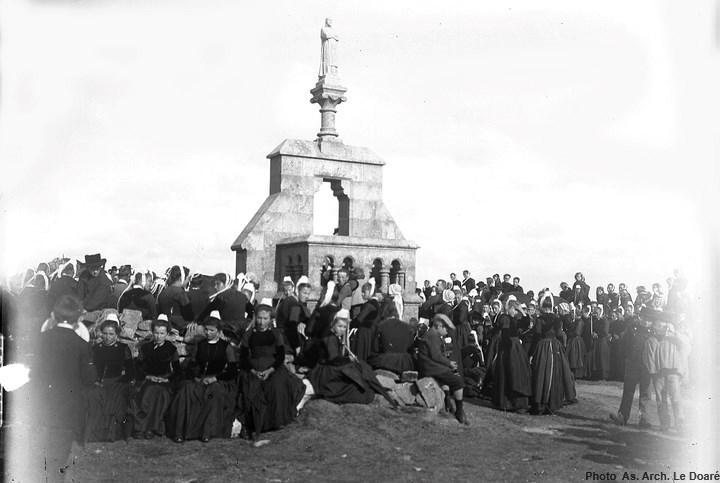 En attendant le sermon en 1905-1911