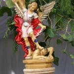 Statue de Saint-Michel