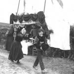 Devant la hutte St-Thurien