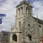 L'église en 2005, et le pénity, rénové depuis quelques années