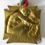 Orphelinat des Armées Lalique Métal / 29x32mm